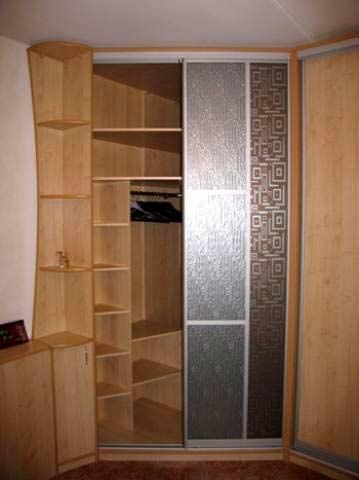 шкафы купе угловые в прихожей фото.
