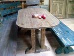 Стол из состаренного массива сосны