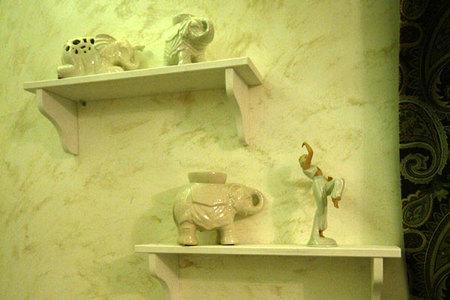 картины в мебельных магазинах лагуна